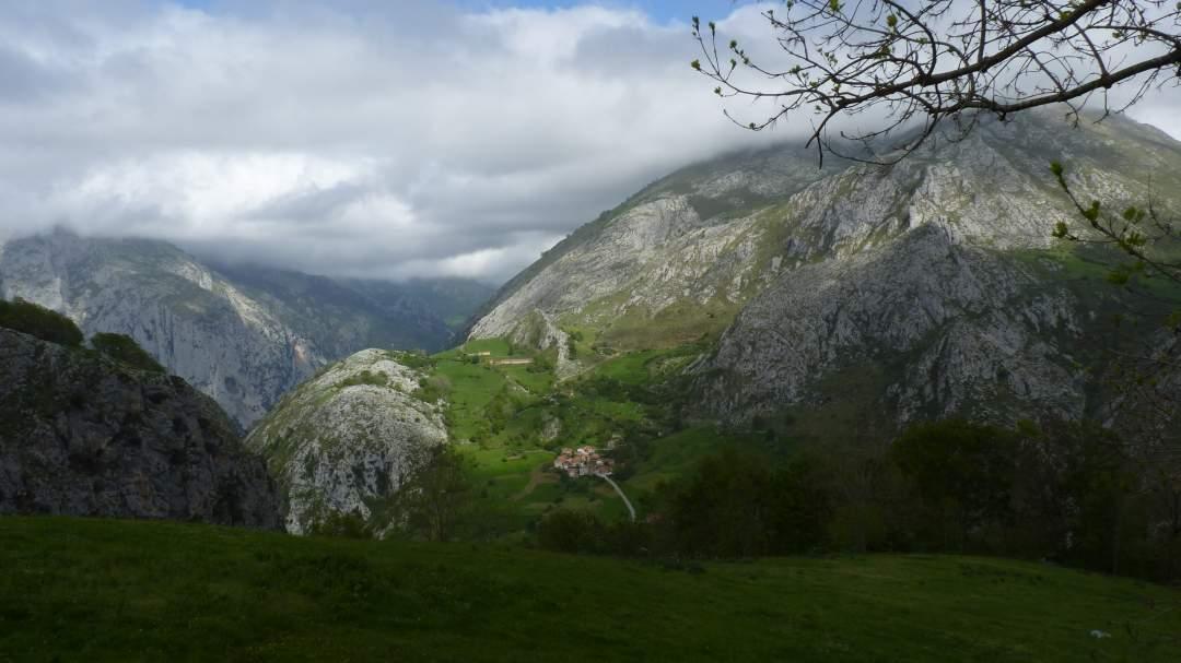 La Quintana neighbourhood, Bejes (Cantabria)